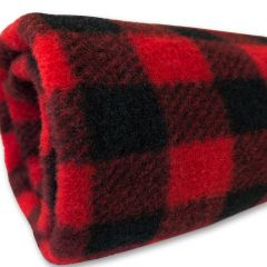 Fleeceviltti Torkkupeitto Black-Red Koiralle tai Kissalle | DiivaDog.fi